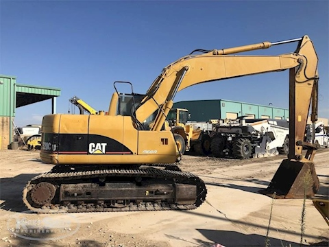Side of Used Caterpillar Excavator for Sale