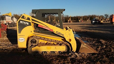 Side of Used Gehl Skid Steer