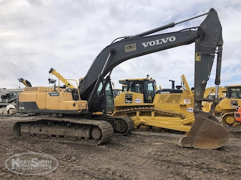 Side of Used Volvo Excavator for Sale