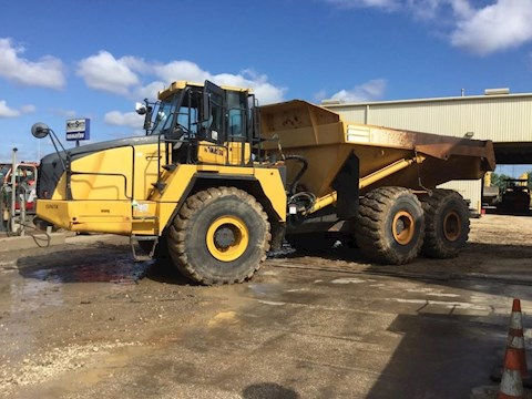 Used Komatsu Off-Highway Truck for Sale