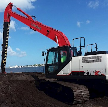 New Link-Belt Excavator working by water