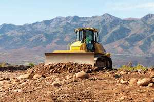 Komatsu recognized for best new construction equipment