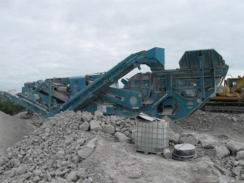 Powerscreen Aggregrate Crusher working in the dirt