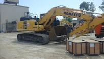 Used Excavator in yard ready for Sale