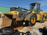 Used Loader in yard for Sale